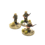 BD02 – 3 x Riflemen moving