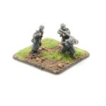 GW01a – German Infantry in Greatcoats – MG34 Team Firing, x3 inc. NCO with MP40