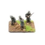 GW03 – German Infantry in Greatcoats – Riflemen, x3 moving & firing