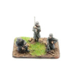 GW10 – German Infantry in Greatcoats – Anti Tank Rifle, 50mm Mortar & Rifle Grenade (3 figures)