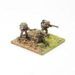 RM04 – British Riflemen (with helmet), x3 skirmishing