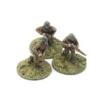 RN03 – Romanian Infantry – Riflemen, x3 advancing