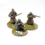 RW03 – Riflemen skirmishing x3