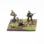 SS45h – German SS Panzer Grenadiers (smock, ankle boots, webbing, SSHandschar) – Riflemen with Kar 98 rifle's, x3 skirmishing
