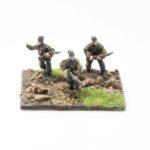 SS46h – NCO & x2 Riflemen with Kar 98 Rifles Advancing