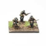 SS47a – Riflemen in full webbing with Kar 98 rifle moving (3 figures)