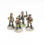 CIG03 – Alexander – captured Russian Boy in Helmet & LugerNatasha – Fieldcap & PpshSvetlana – in Officer Cap & Ppsh